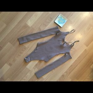 NWT- Bodysuit Ribbed